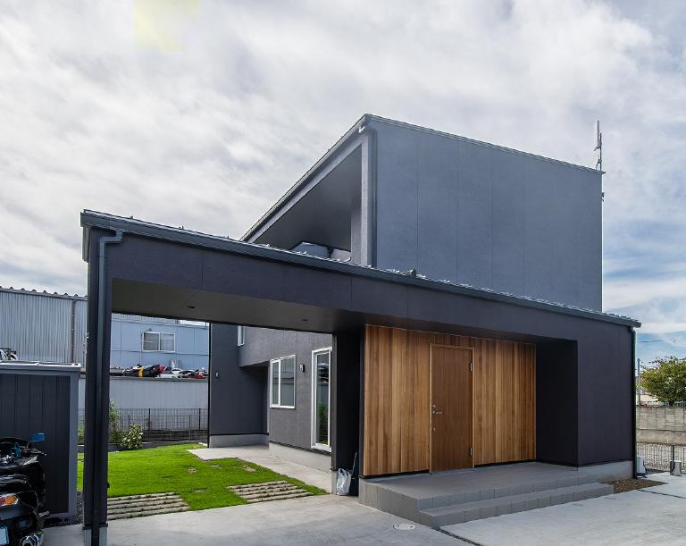 アトリエ建築家による、デザイン性豊かな設計。